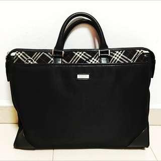 Good Condition Authentic Burberry Black Label Document Messenger Bag