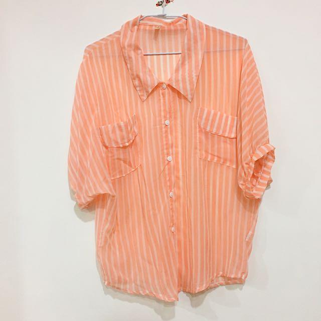 鮭魚粉條紋薄襯衫