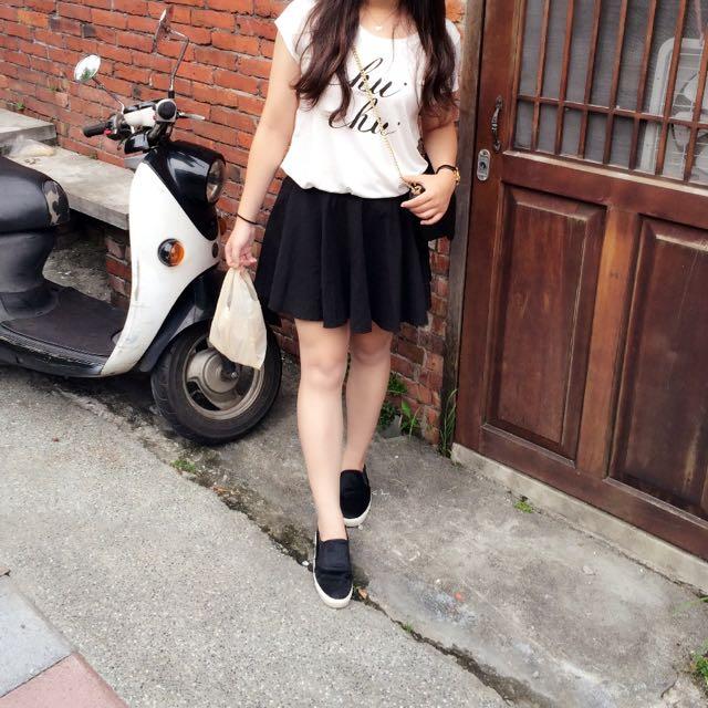 二手 Pazzo 短袖上衣+黑色裙子