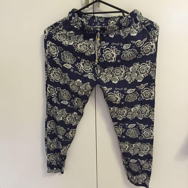 Floral Pants - Size 8-10
