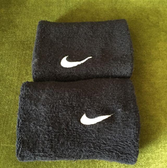 Nike黑色手腕套