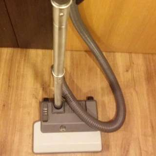 Delphin Vacuum Mattress Cleaner
