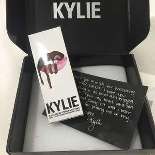 Kylie Cosmetics matte Liquid Lipstick & Lip Liner