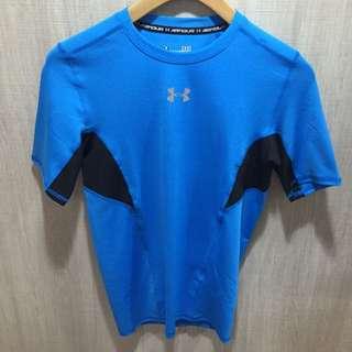 UA 男生 CoolSwitch強力伸縮型短袖T恤