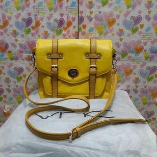 Preloved VNC Yellow Bag Original