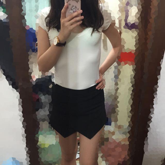 性感黑短褲