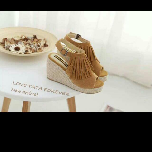 流蘇楔形魚口鞋👜棕色38號
