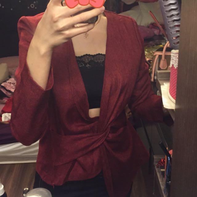 全新😍酒紅色上衣
