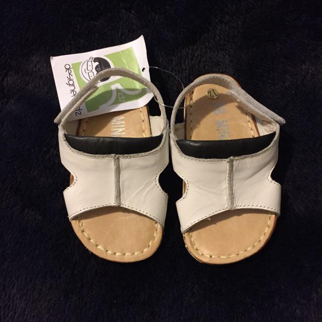 NEW*** White Childern's Sandal