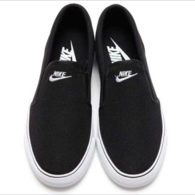 (全新)Nike懶人鞋 Us10 太小 故出售