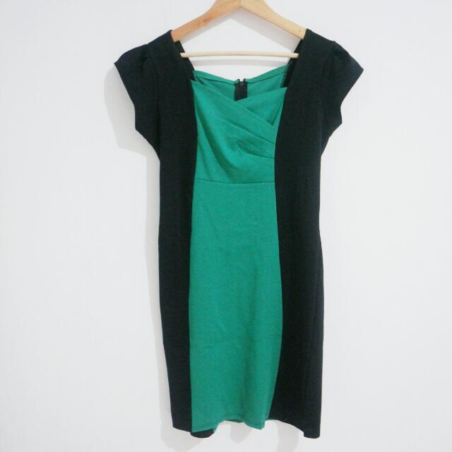 Preloved - Green Bodycon Dress