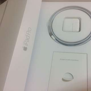 全新Lightning 原廠線 Apple Usb Cable iPhone 6s 5s iPad Pro Air