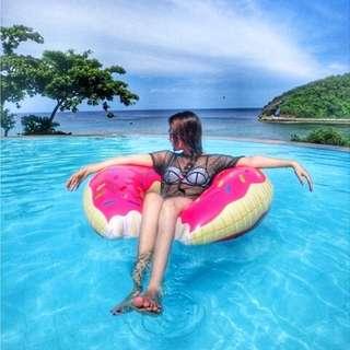 夏天海邊必備粉紅色甜甜圈 游泳圈 贈打氣筒