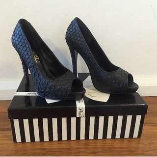 Peep Toe Scale Heels