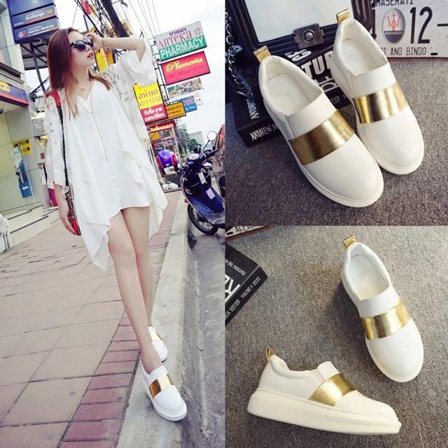 ⭐️韓版厚底小白鞋⭐️