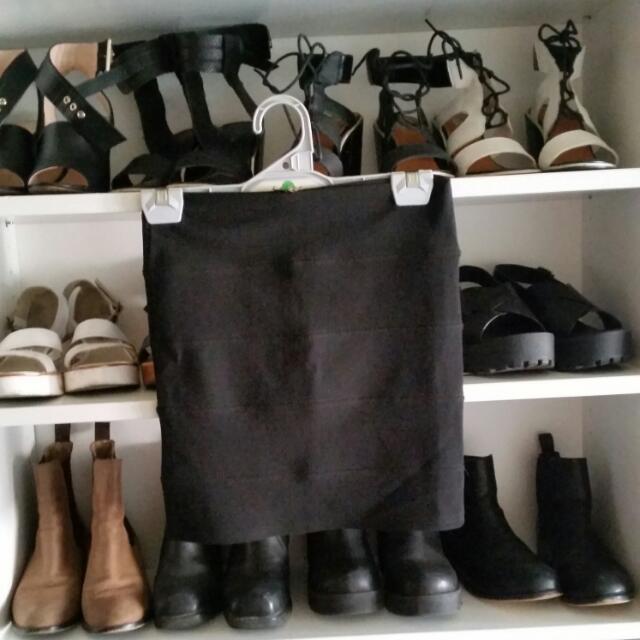 Black Skirt With Zip