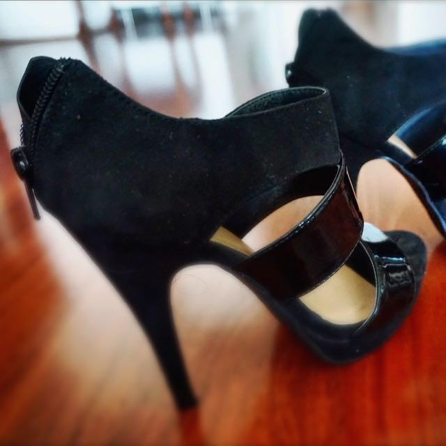 Black Suede & Leather Heels Size 7
