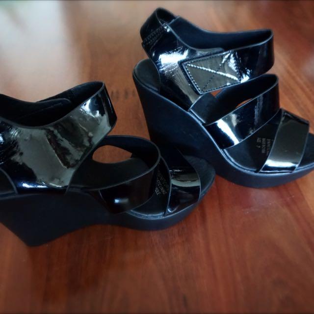 Black Wedges Size 7