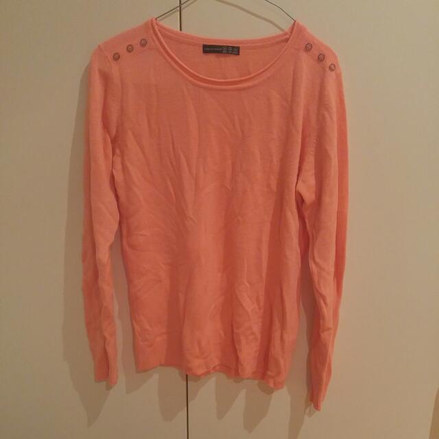Cute Light Sweater Size 8-10