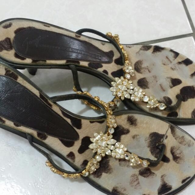 (代友出售)義大利仙級鞋履品牌Giuseppe Zanotti