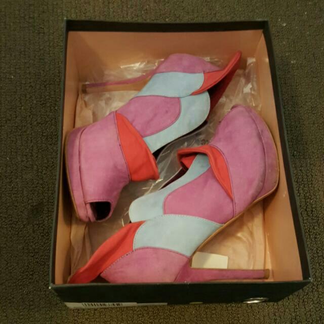 RMK Jac Heels Size 9