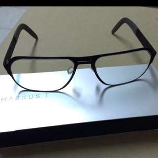 近全新。德國Markus T型號:T217 消光黑 精品設計師手工鏡框