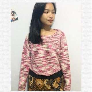 Pink Sweater Crop💓