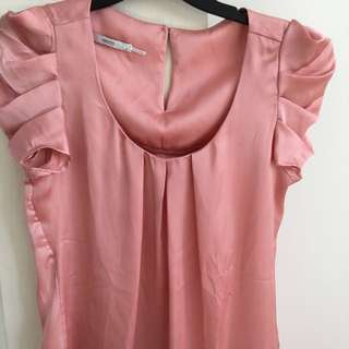 Events Rouched Shoulder Plush Top Size 6 Would Fit A Size 8 Also