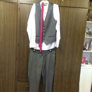 Connor Suit, With Vest