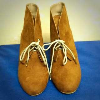 ZARA麂皮楔形短靴《降價囉🎉🎉》