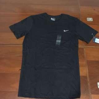 售Nike 黑色