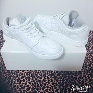Nike Air Jordan 1 Low 全白 板鞋 復刻