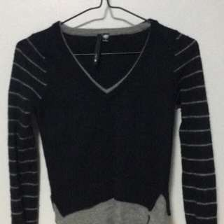 CASHMERE SWEATER size 4-6