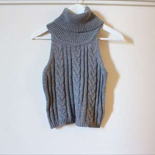 Knitted Sleeveless Folded Turtleneck Grey
