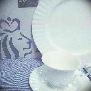 Royal Doulton White Flutter Tea Set