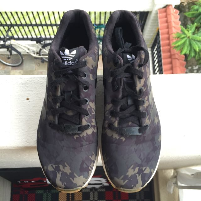 16bcf83b52766 Adidas ZX Flux X Italia Independent X Houndstooth Camo - Limited Edition