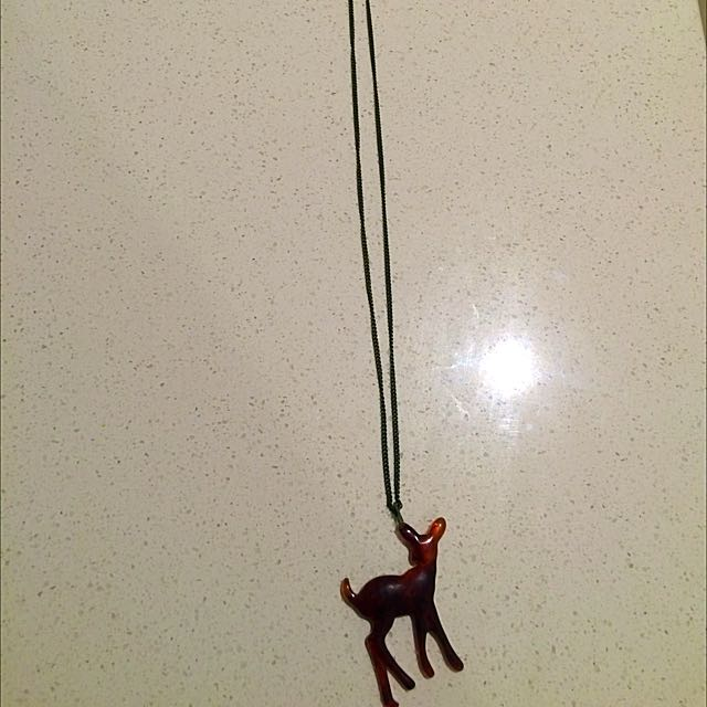 Cute Bambi Necklace - new!!