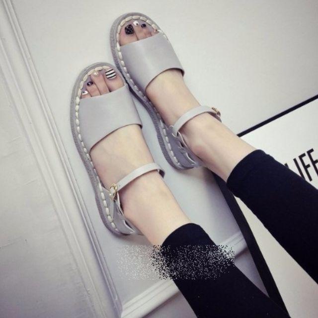 (F廠預購)一字扣帶復古氣質平底涼鞋