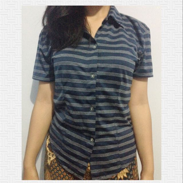 Kemeja Stripes Blue