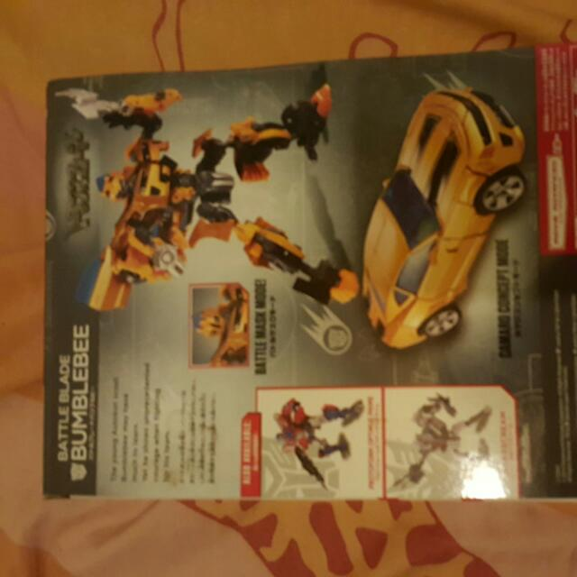 Transformer Bumblebee ( Battle Blade)