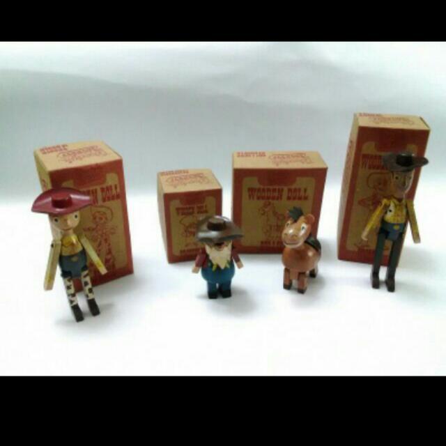 日版Young epoch Co ltd 玩具總動員木製公仔 珍藏限定1組