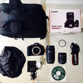 NEAR New: Canon DSLR Camera EOS 700D 18-55mm & 75-300mm Twin Lens Kit
