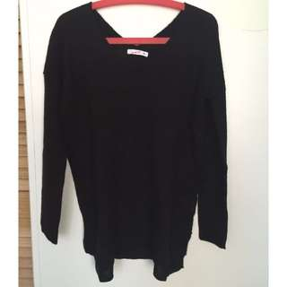 Black Supre Knit Top