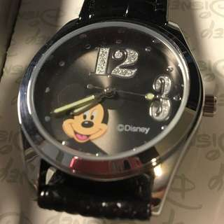 正品迪士尼米老鼠真皮石英錶