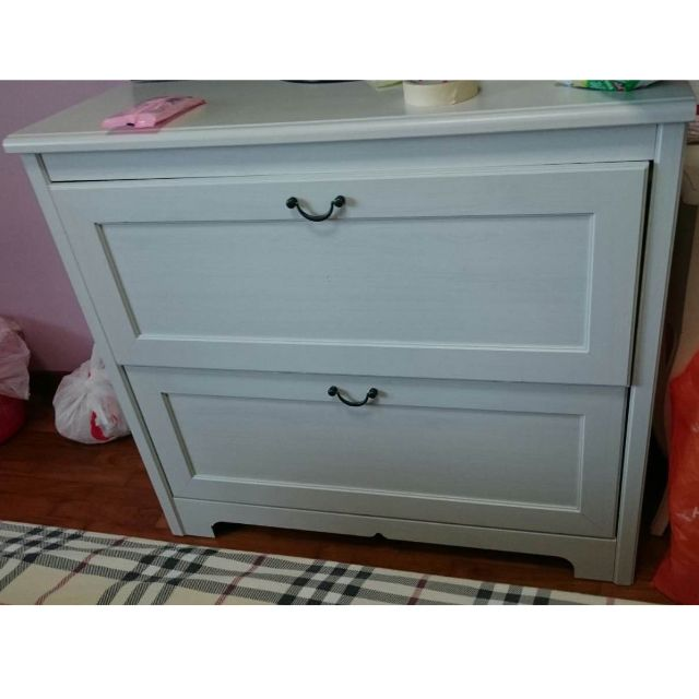 Beautiful Chest of Drawers in Good Condition