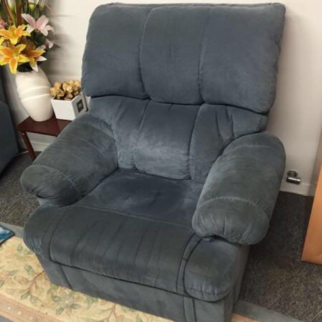 Blue Sofa Lounge