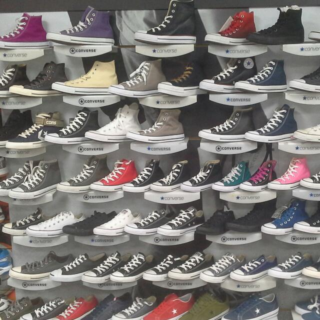 Converse 經典帆布鞋