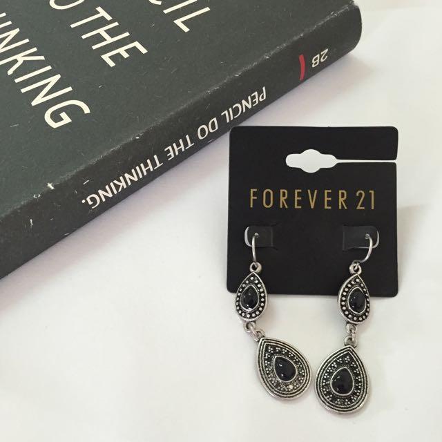 Forever21 古典簡約水滴墜飾耳環