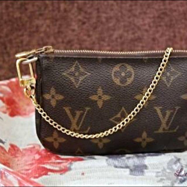 Louis Vuitton Monochrome Coin Wallet Or Make Up Bag