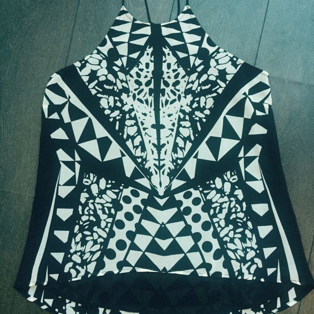 Size 10 Bardot Black/White Pattern Top